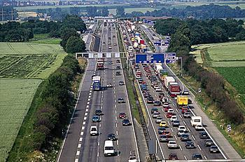 Typical weekend and holiday Autobahn traffic